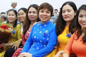 Các trường ĐH tôn vinh giảng viên
