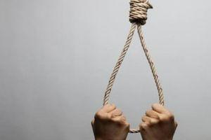 Không chấp nhận mẹ 'đi bước nữa', thanh niên treo cổ tự tử ở quán cà phê