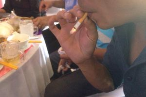 Tử vong vì thuốc lá tăng nhưng nhiều người vẫn hút