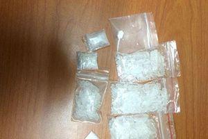 Ra tù sau 23 năm lại bị bắt vì vận chuyển 6kg ma túy đá