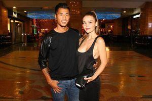 Ngắm cô vợ siêu mẫu của trai đẹp tuyển Campuchia