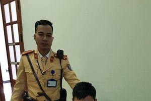 CSGT Hà Nội bắt gọn một tên cướp nhiễm HIV