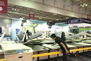 TPHCM: Hơn 500 doanh nghiệp giới thiệu máy móc dệt may hiện đại