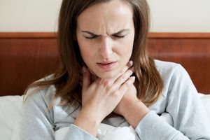 6 dấu hiệu vùng cổ họng cảnh báo ung thư tuyến giáp