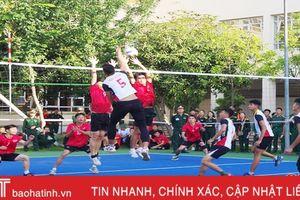 Khởi tranh giải thể thao mừng Đại hội Thi đua quyết thắng LLVT Hà Tĩnh