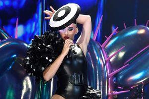 Katy Perry đứng đầu 10 nữ ca sĩ có thu nhập cao nhất thế giới năm 2018