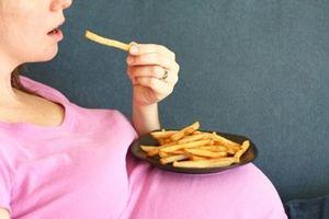 Những thực phẩm bà bầu không nên ăn kẻo gây hại cho thai nhi
