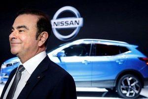 Chủ tịch bị bắt, Nissan và Mitsubishi thê thảm trượt giá