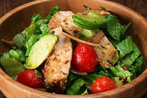 Clip: 4 món salad trộn ngon 'khó cưỡng' khiến chị em 'mê tít'