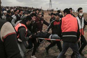 Quay phim của hãng tin AP trúng đạn ở Gaza, nghi ngờ dồn vào quân đội Israel