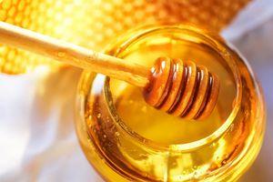 4 loại thực phẩm cấm kỵ ăn cùng mật ong dù một chút cũng có thể gây ngộ độc