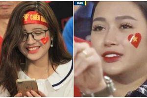 Những 'bóng hồng' đi cổ vũ cho đội tuyển Việt Nam bất ngờ nổi tiếng sau một đêm nhờ lọt vào ống kính máy quay