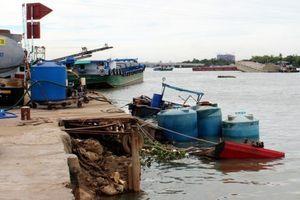 Đồng Nai: Sau sự cố tàu hóa chất bị chìm, người dân lo lắng vì nguy cơ ô nhiễm