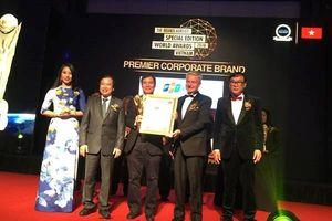 Đại học FPT được trao giải Trường Đại học xuất sắc