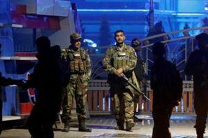 Đánh bom tự sát tại Afghanistan, hơn 50 người thiệt mạng
