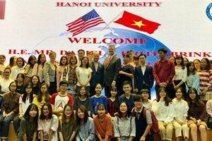 Quan hệ Việt Nam - Hoa Kỳ đang mạnh mẽ hơn bao giờ hết