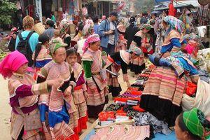 Độc đáo chợ phiên vùng cao chào đón năm mới 2019 tại Hà Nội
