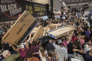 Người Việt ở Mỹ sợ cảnh mua sắm ngày Black Friday