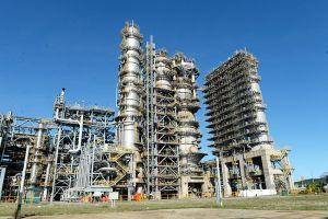 Bài 1: Tổng Giám đốc Lọc hóa dầu Bình Sơn 'tiếp sức', đối tác mặc sức tung hoành