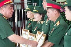 Điều kiện xét tặng Huy chương Chiến sĩ vẻ vang