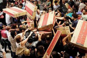 10 sự cố kinh dị nhất trong ngày hội giảm giá Black Friday
