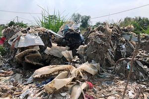 'Sốc' với nghi án hàng nghìn tấn chất thải nguy hại vùi lấp giữa khu dân cư
