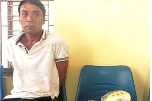 Người đàn ông có tiền án bị bắt vì vận chuyển ma túy đá 'khủng'