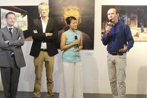 Hành trình tôn vinh 'Chùa Việt Nam' của một ông Tây ăn chay
