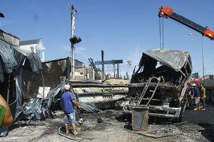 Vụ 6 người chết ở Bình Phước: Sau tiếng nổ như bom, lửa cháy ngùn ngụt