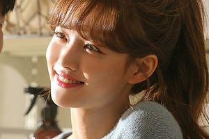 'Sao nhí xinh nhất xứ Hàn' Kim Yoo Jung khoe dung nhan đẹp ngây ngất