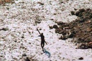 Du khách Mỹ bị thổ dân Ấn Độ Dương bắn chết bằng cung tên