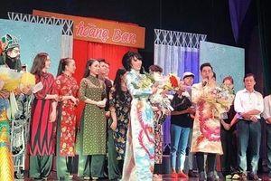 Xử phạt chương trình của MC Trác Thúy Miêu vì biểu diễn 'chui'