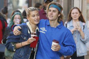 Vừa xa nhau, Hailey Baldwin đã mong gặp Justin Bieber vào Giáng sinh