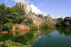 Chiêm ngưỡng vẻ đẹp hồ Tà Pạ- nơi được mệnh danh là 'Tuyệt tình cốc' miền Tây