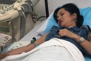 Rò rỉ hình ảnh Hồng Nhung nằm viện sau khi chồng cũ thừa nhận có người mới
