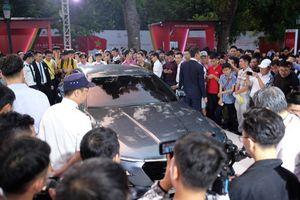 Sau 1 ngày mở bán, hơn 2.000 khách hàng chi tiền sắm xe VinFast