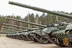 Nga bàn giao xe tăng T-72B3 lắp ráp cùng đợt với T-90S/SK cho khách hàng đặc biệt