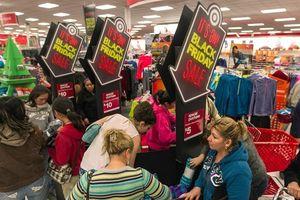 Vì sao ngày mua sắm lớn nhất năm được gọi là Black Friday?