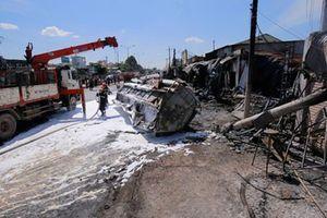 Tai nạn kinh hoàng 6 người chết: Xe bồn 'bay' gây thảm họa