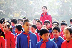 Cô bé cao nhất Trung Quốc