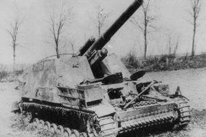 Cận cảnh pháo tự hành đầu tiên mang danh 'Vua chiến trường'
