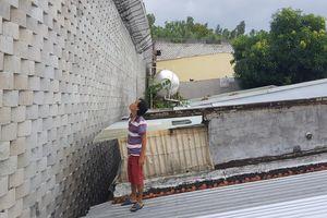 Nha Trang: Dự án biệt thự xây tường cao chục mét 'treo' trên đầu khu dân cư
