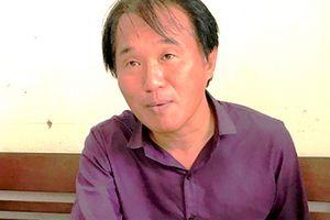 Du khách Hàn Quốc dùng dao cướp taxi