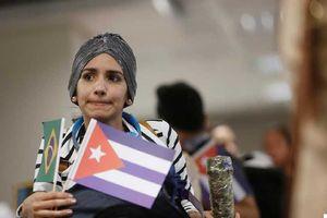 Sau chỉ trích của Tổng thống Brazil, Cuba rút hàng ngàn y bác sĩ về nước