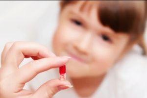 Đẩy trẻ vào chỗ nguy hiểm nếu sử dụng đơn thuốc cũ khi ốm