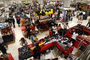 Trung tâm thương mại TP Hồ Chí Minh 'thất thủ' vì Black Friday