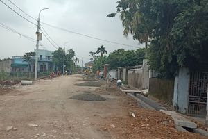 Dân hiến hơn 2.500m2 đất làm đường xây dựng nông thôn mới