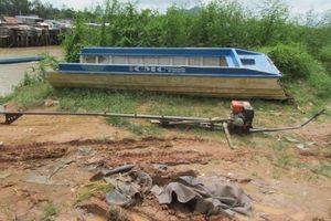 Vỏ lãi va chạm ghe lúa, 2 người quốc tịch Campuchia tử vong