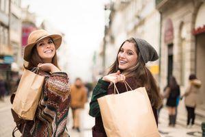 Kinh nghiệm không bị 'cháy ví' khi mua sắm ngày Black Friday