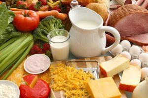 Chuyên gia cảnh báo 19% số ca ung thư dạ dày, ruột từ thói quen ăn ít rau và trái cây hàng ngày